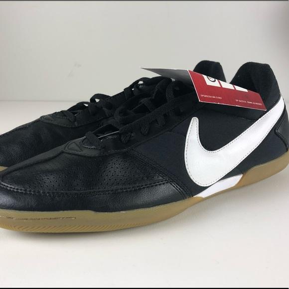 4c28aed58 Nike Davinho Indoor Soccer Shoes Mens NWT